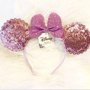 Disney sparkly purple Minnie Mouse ears